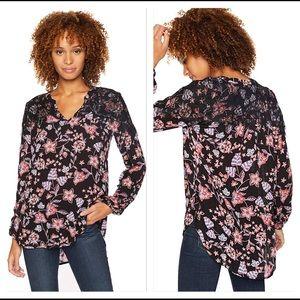 Democracy Black Floral V-Neck Contrast Lace Top 2X